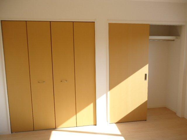 (仮)裾野市佐野アパート新築工事 102号室の収納