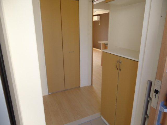 (仮)裾野市佐野アパート新築工事 203号室の玄関