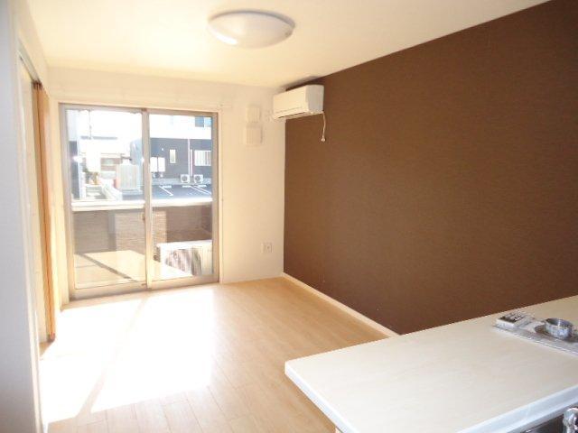 (仮)裾野市佐野アパート新築工事 203号室のリビング