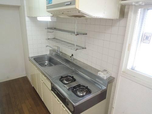 ライオンズマンション下目黒 601号室のキッチン