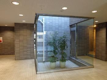 ハイム・グランドヒル自由ケ丘 403号室のエントランス