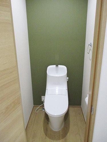 本町西1丁目戸建のトイレ