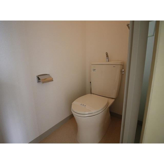 上尾リバーストーン 302号室のトイレ