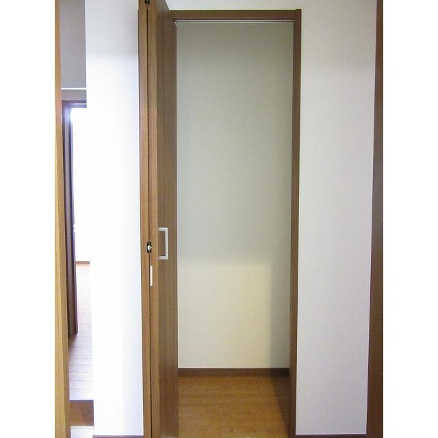 アムール 中央Ⅱ 101号室の収納