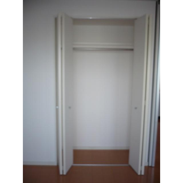 エルフレア駒沢 0405号室のリビング