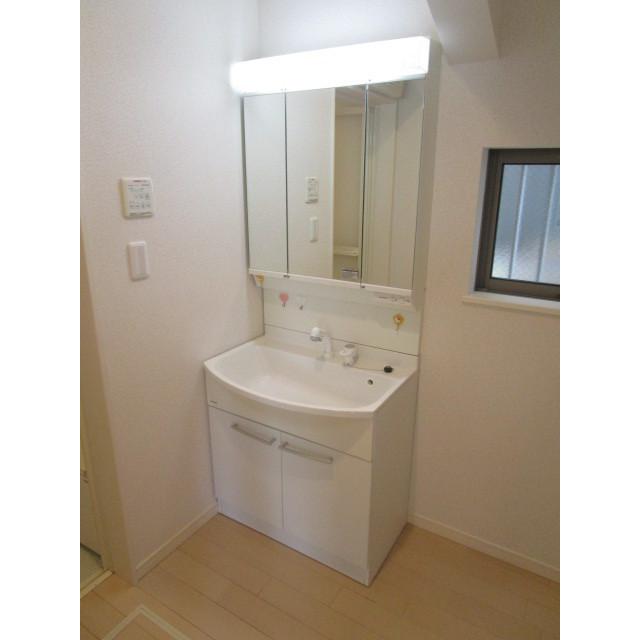 水引2丁目貸家の洗面所