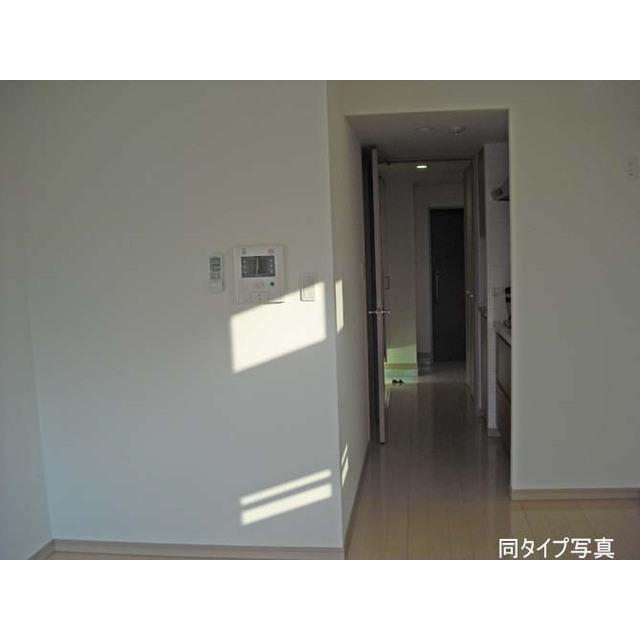 コンフォリア目黒八雲 0207号室のキッチン
