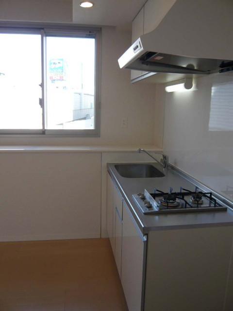 ブリーズヴェール東山 0702号室のキッチン