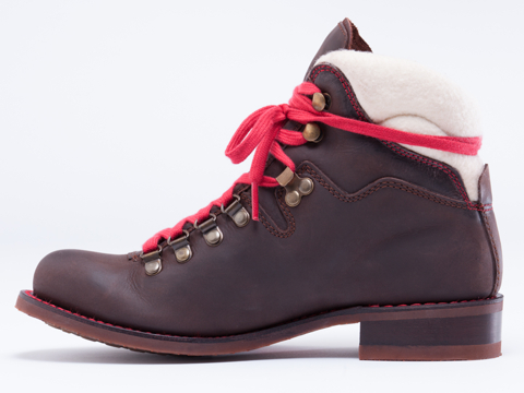 2568 In Brown Combo Ski Boot