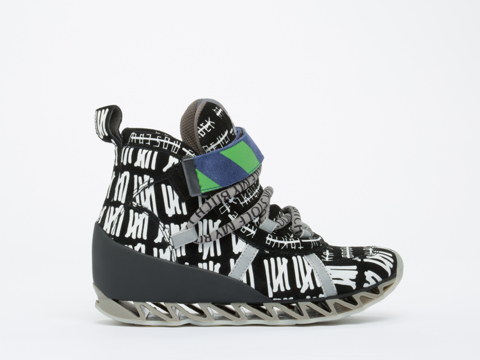 Bernhard Willhelm X Camper In Cities Black Himalaya