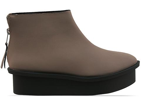 Cheap Monday In Clay Form Zip Nubuck
