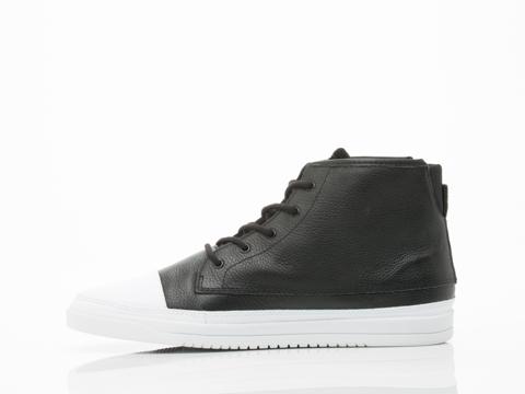 Clae In Black Tumbled Leather Chambers