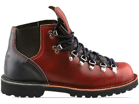 Danner In Red Navy Vertigo Pittman