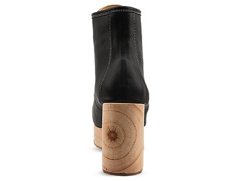 Deandri In Black Gertie Boots