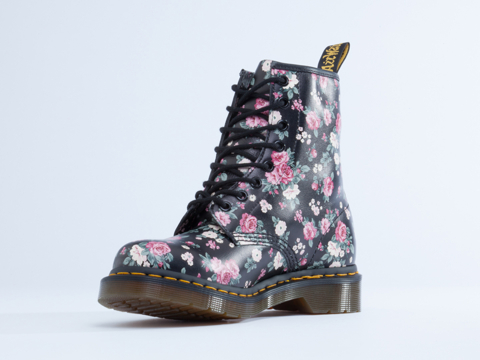 Dr. Martens In Black Vintage Roses 8 Eye Boot