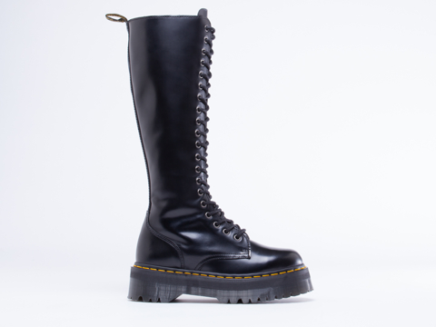 Dr. Martens In Black Polished Britain