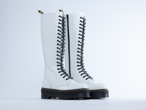 Dr. Martens In White Polished Britain