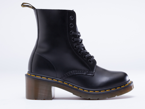 Dr. Martens In Black Smooth Clemency