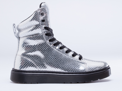 Dr. Martens In Silver Metallic Snake Mix
