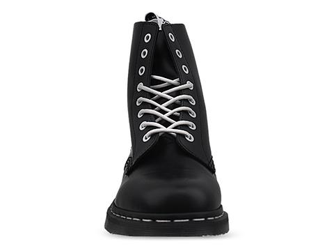 Dr. Martens In Black Smooth Pascal Mens