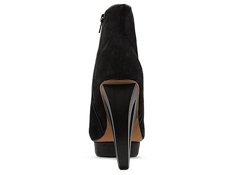 DV8 by Dolce Vita In Black Suede Kaylee