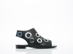 EEight In Black Silver Isabel