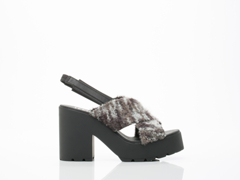 EEight In Grey Boucle Lina