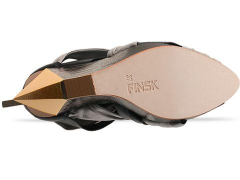 Finsk In Black 252-106