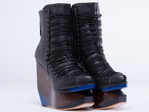 Finsk In Black 338-40