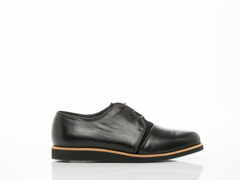 Frisur In Polished Black Adela Derby Shoe