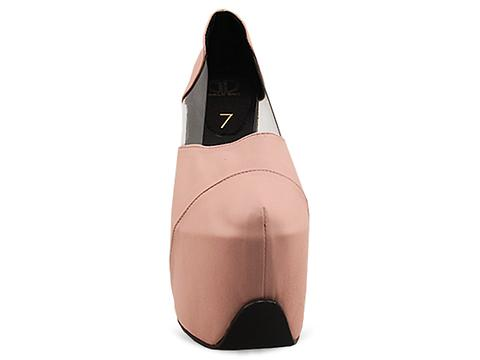 Gold Dot In Blush Fiona Pumps