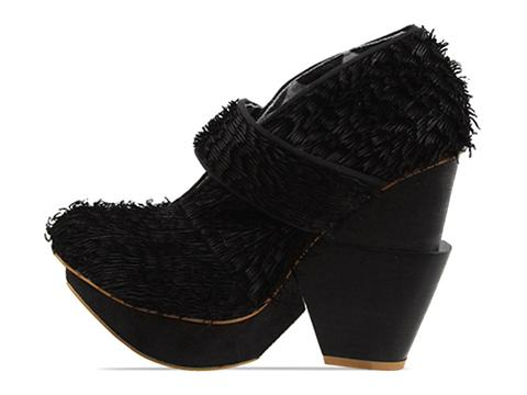 Irregular Choice In Black Edina