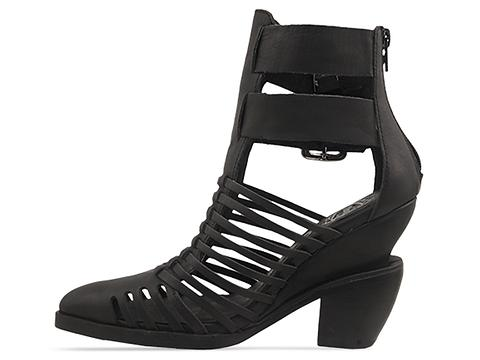 Jeffrey Campbell In Black Cantu Low