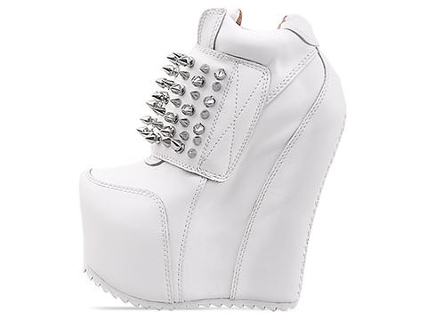 Jeffrey Campbell In White Silver Dramo Spike