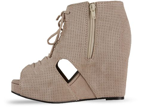 Jeffrey Campbell In Nude Mary Roks
