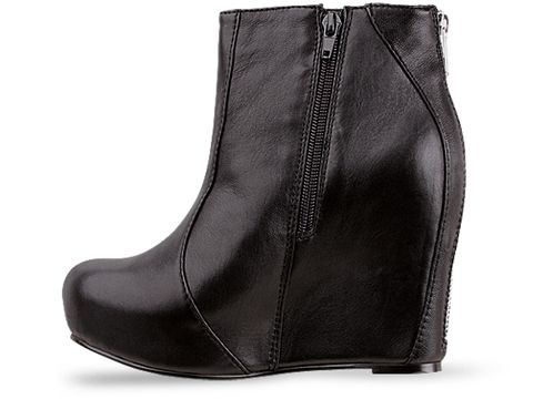 Jeffrey Campbell In Black Leather Pixie