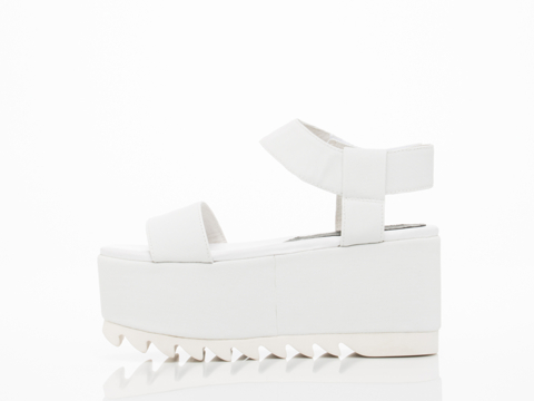 Jeffrey Campbell In White Rubber White Saugren
