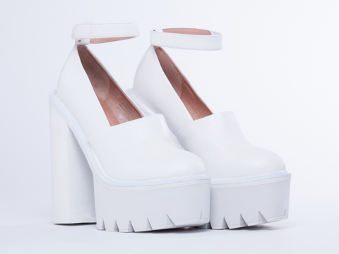 Jeffrey Campbell In White White Scully