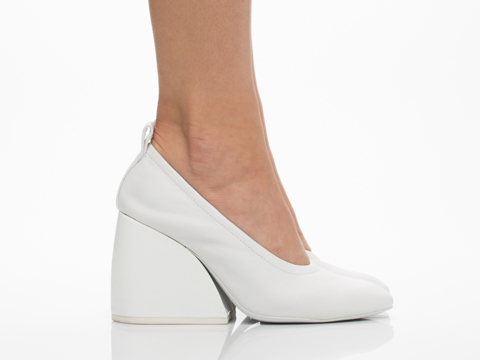 Jeffrey Campbell In White Yeats