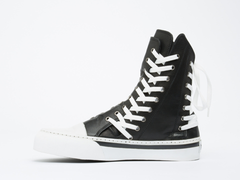 K.T.Z. In Black White Triple Lace Leather Trainer Mens