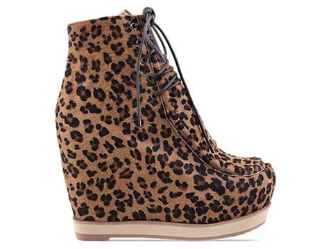 Kobe Husk In Full Leopard Les Pied Boots