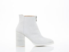 LOQ In White Suede Andorra