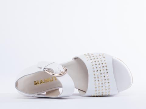 Mamut In White Azo