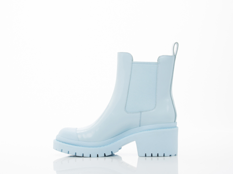 Marc by Marc Jacobs In Cloud Blue Chelsea Boot