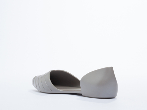 Melissa In Grey Petal