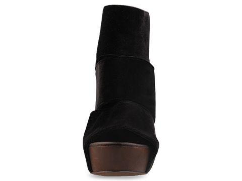 Messeca In Black Coraline Velvet