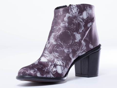 Miista In Wild Rose Black Ivy