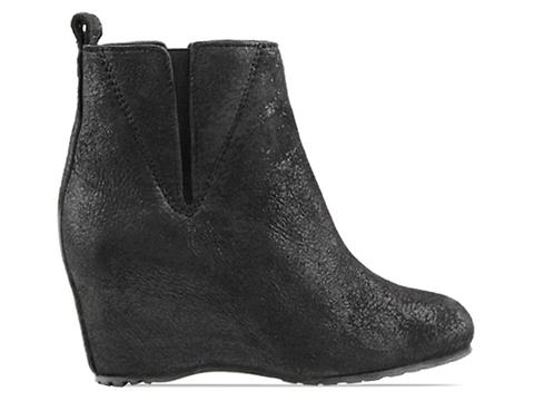 MM6 Maison Martin Margiela In Black Crackle Wedge Boot
