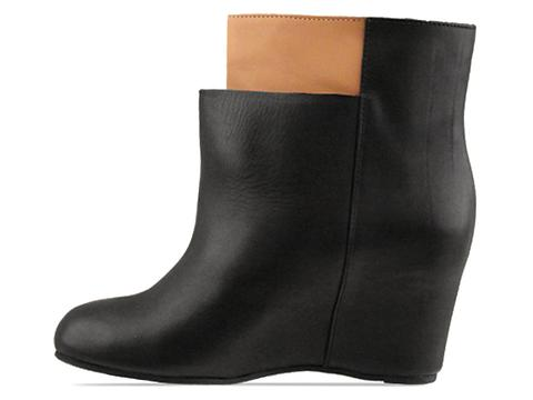 MM6 Maison Martin Margiela In Black Tan Layered Boot