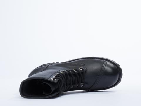 NaNa X Solestruck In Black Leather David